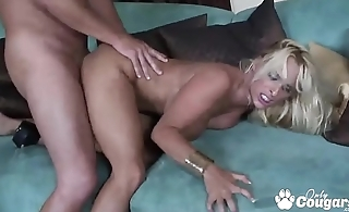 Mature Pornstar Holly Halston Fucking Like A Pro