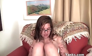 Yanks Tattooed Sylvie Lavine Toys Her Pussy