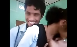 indian college boobs touch and kissing