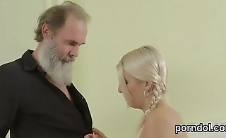 Sweet schoolgirl gets seduced and penetrated by elder mentor