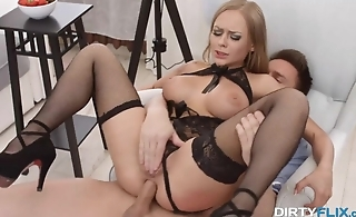 Wild anal sex finishes with dirty facial for blonde